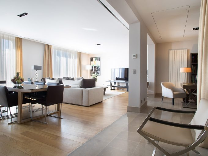Two Bedroom Paris apartment, fully serviced by La Reserve Hotel