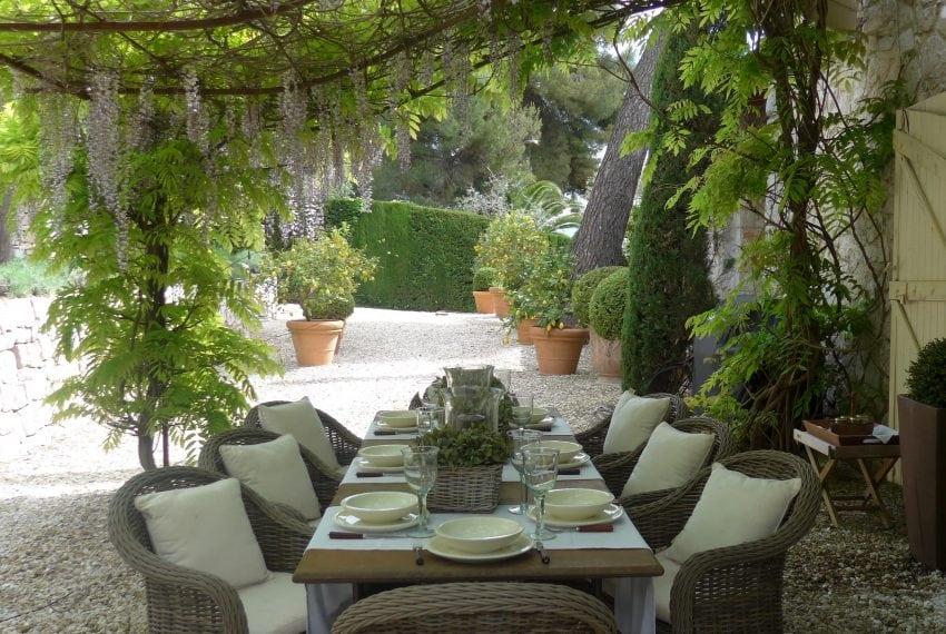 Dinning - Provence Garden-min