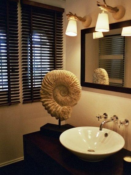 Guest Room FF - Bath room 2 jpg