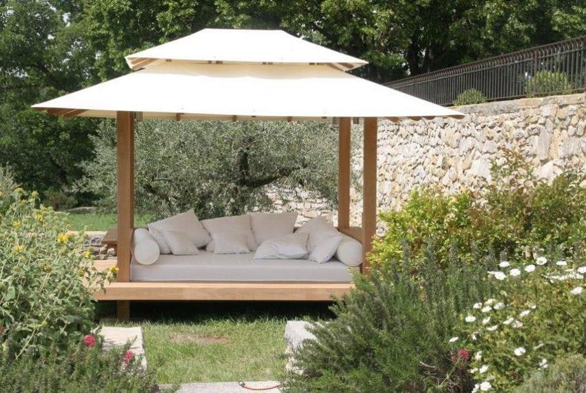 LV - Landscape - Garden relaxing area