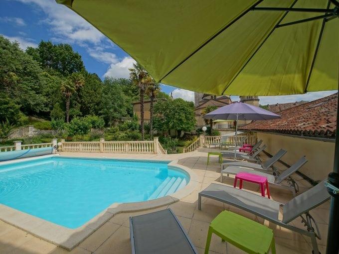 Dordogne, village house, sleeps 10, child friendly, private pool, piano