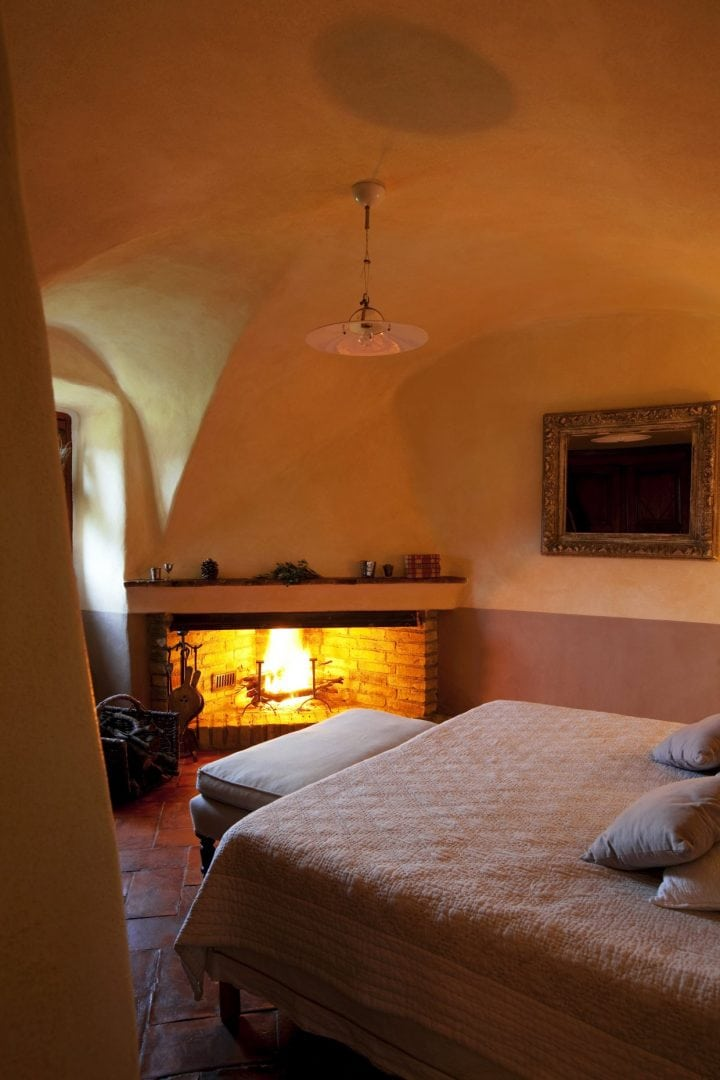 Domaine de Murtoli, rustic chic, sleeps 7, private pool, catering on request, air conditioning