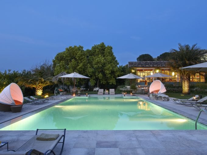 Villa near Mount Etna, family, get togethers, pool, tennis court, sleeps 18+8