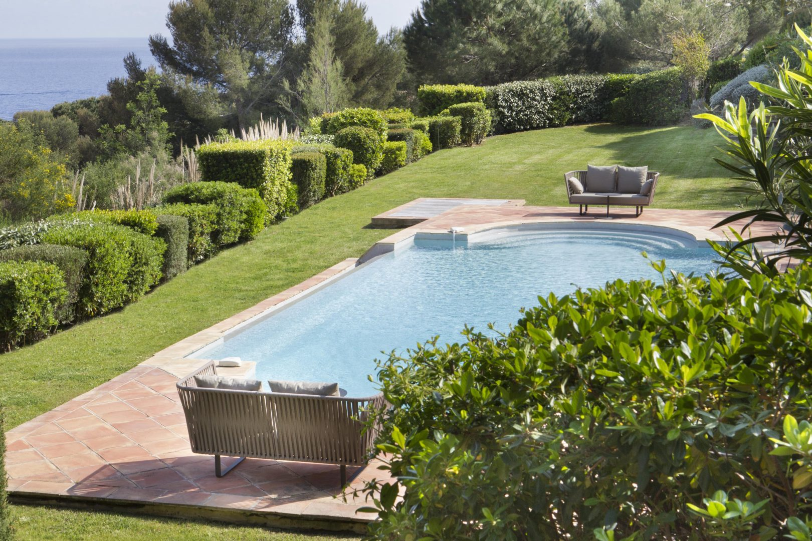 Luxury villa, sleeps 12, seaview, direct sea access, private pool, pool house